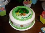 E o bolo de pertinho.