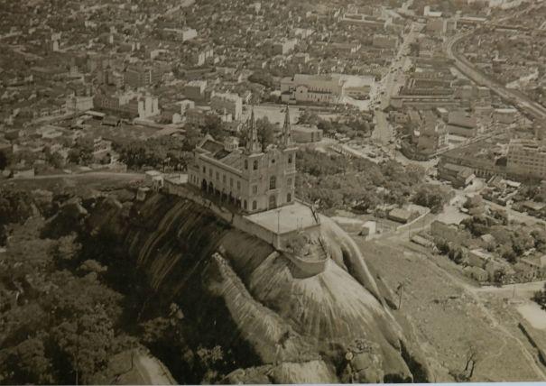Igreja da Penha C.a. 1960, Epaminindas e Raul Lima. Exposição Rio Cidade-Paisagem