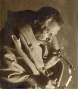 Vincenzo Pastore. Autorretrato de Vincenzo Pastore, c. 1910. São Paulo / Acervo IMS