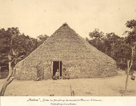 Maloca, habitação dos índios Ticuna, c. 1867. Província do Alto Amazonas, Amazonas / Convênio Instituto Moreira Salles – Leibniz-Institut für Länderkunde