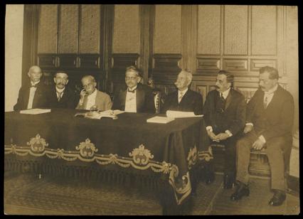 Mesa que presidiu a solenidade.