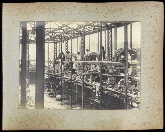 Biblioteca Nacional : Construção, estrutura e arcos - 01 - Acervo: BN Digital